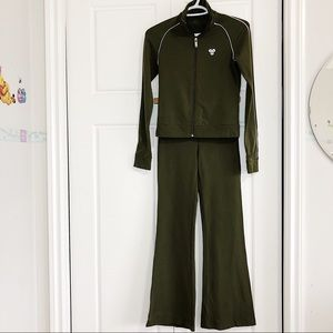 Aritzia track suits matching jacket and pant zipup